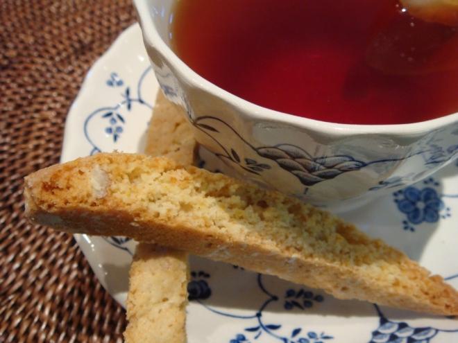 orange-pecan-biscotti